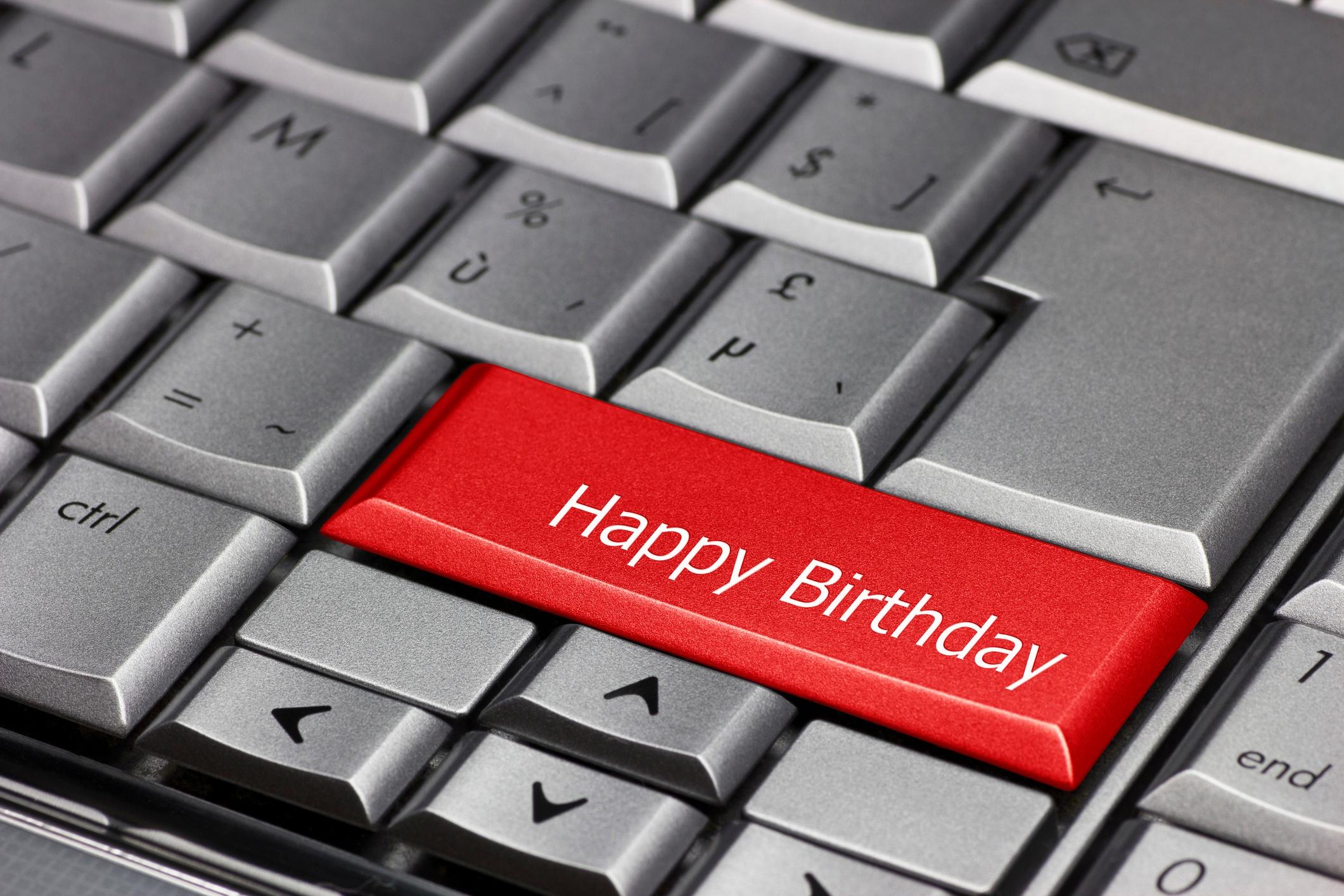 birthday-email-iStock-486290563