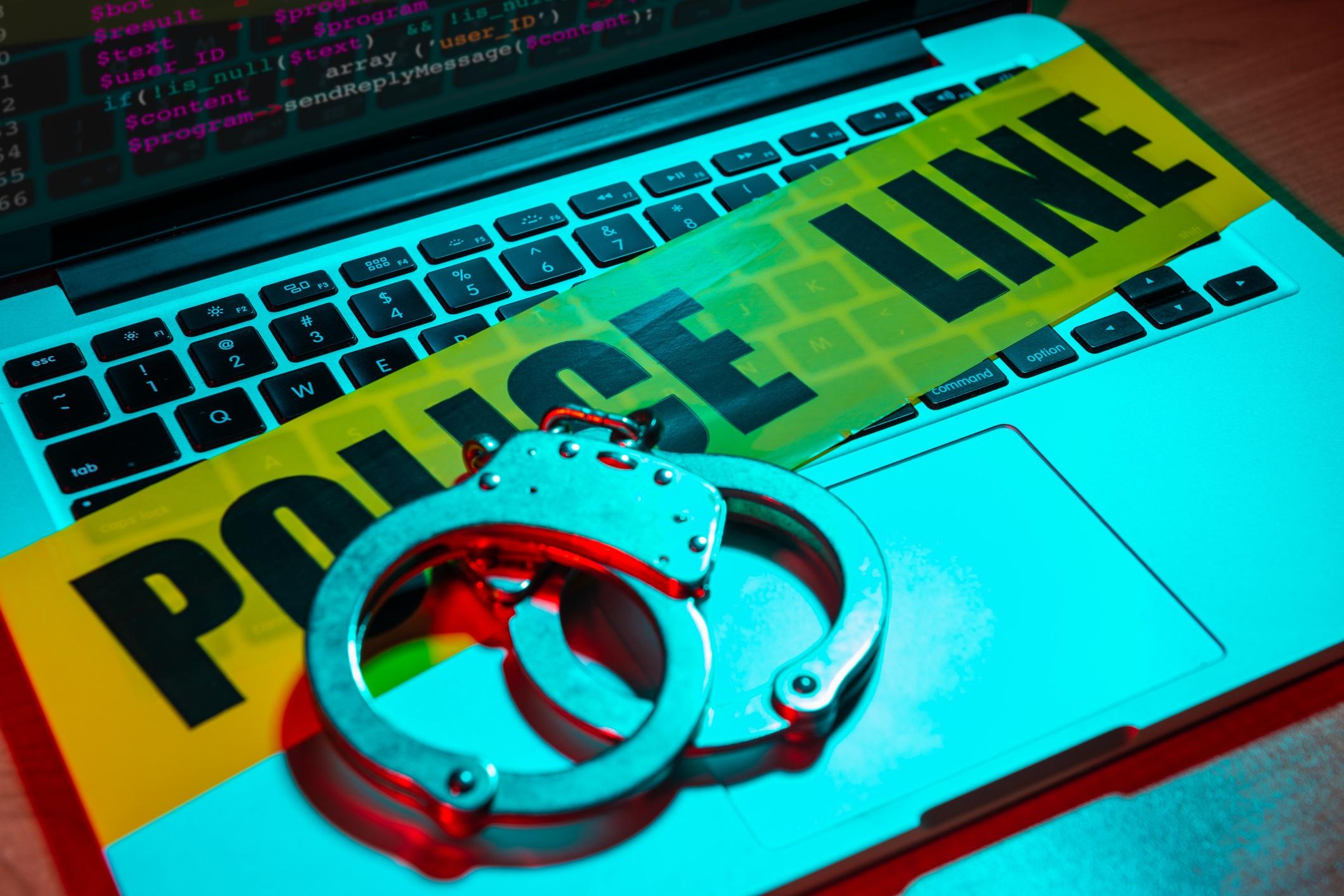 criminal-adfraud-iStock-963926900