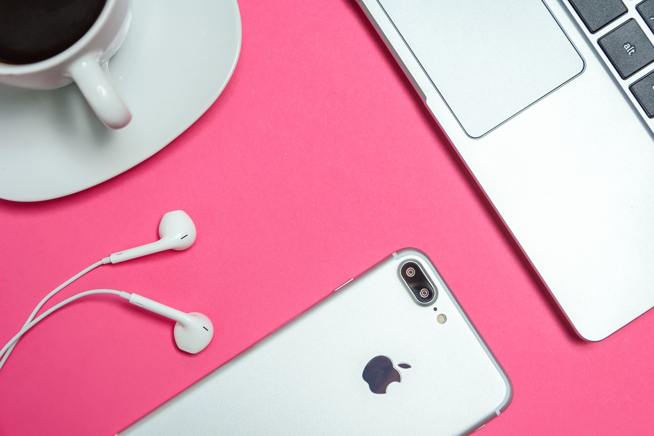 What Healthcare Marketers Need to Know About Apple's iOS 14.5 - Featured Image